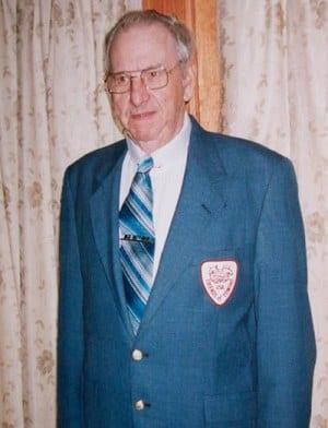 2002 Robert Hoppes, Sr